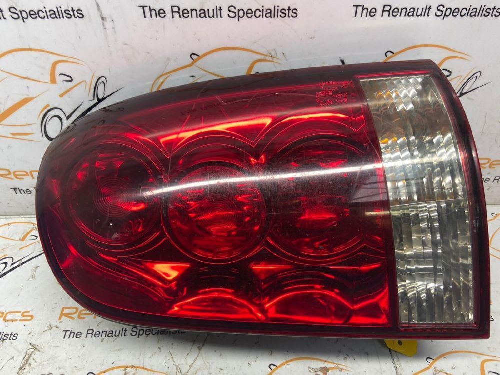 Ssangyong Rexton 5 Door Estate 2001-2006 O/S Rear/tail Light (driver Side)